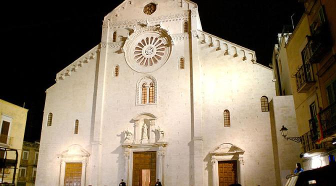 800px-Bari_Cattedrale_San_Sabino